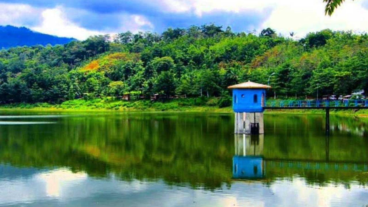 10 Tempat Wisata di Pati yang Patut Anda Kunjungi