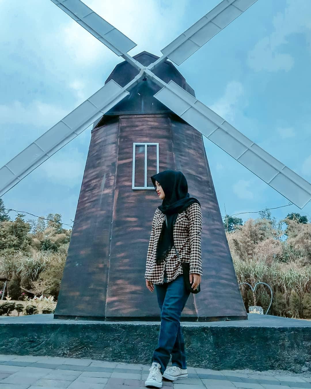 Landmark Merapi Park